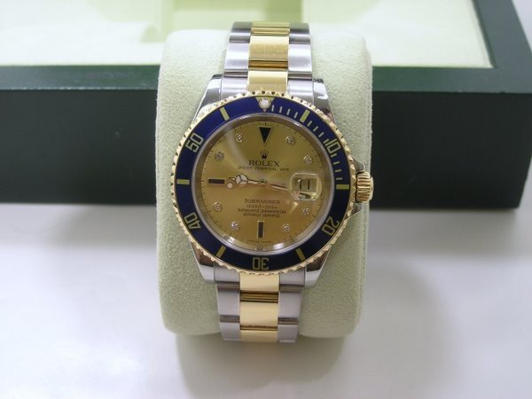 20: 18KT/SS ROLEX TWO TONE SUBMARINER