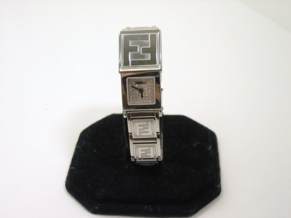 3: LADIES S/S FENDI WATCH BRACELET