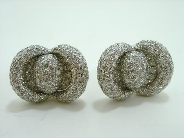 5: 14KT W.G 9.00CT DIAMOND EARRINGS