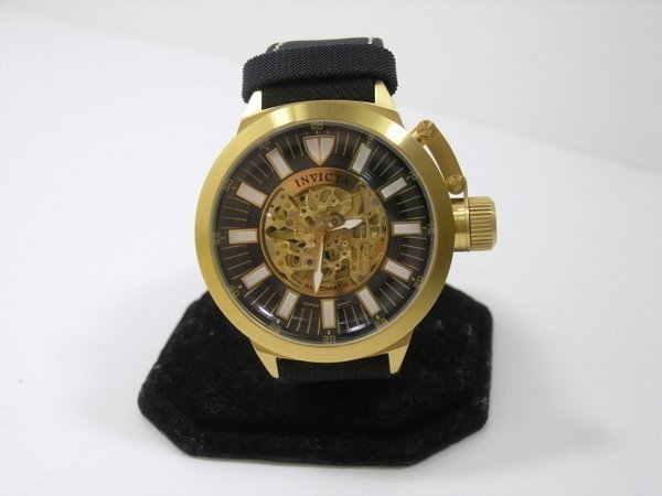 11: INVICTA AUTOMATIC