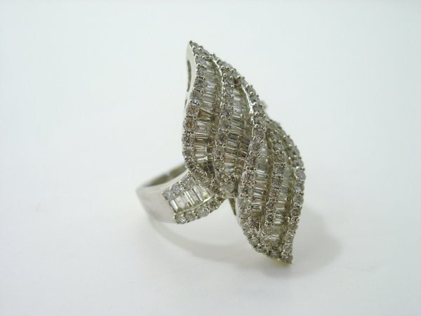 13: LADIES 14KT W.G 3.00CT DIAMOND RING