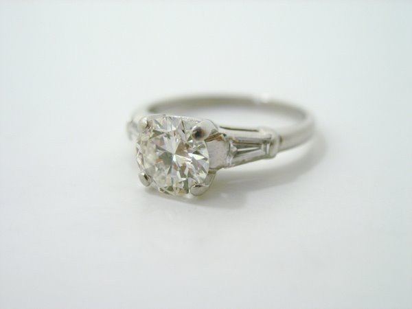 14: PLATINUM 1.10CT DIAMOND ENGAGEMENT RING