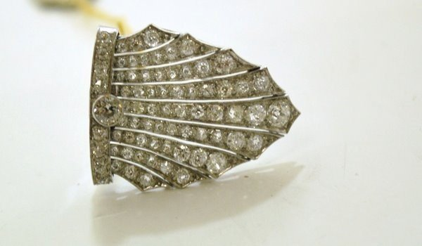 7: PLATINUM EDWARDIAN 3 00CT DIAMOND CLIP
