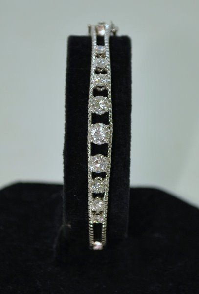 22: 14KT W.G. 2.25CT DIAMOND BANGLE