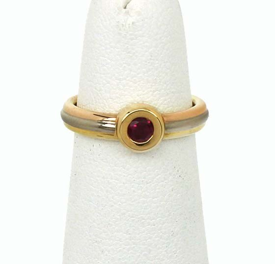 34: 18KT TRICOLOR CARTIER RUBY RING - 3