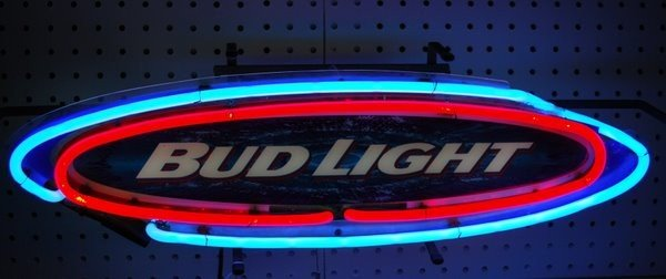 21: NEON BEER SIGN ADVERTISING BUD LIGHT