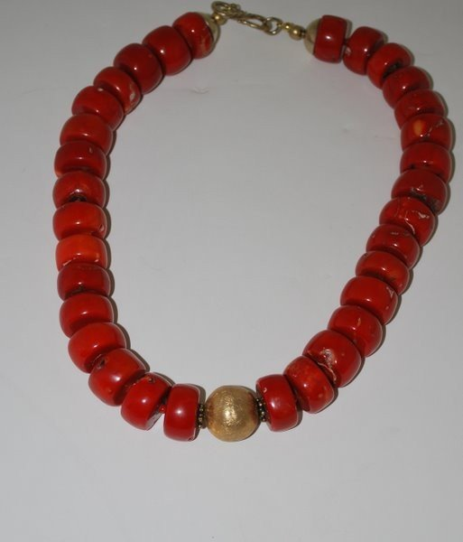 26: MEDITERRANEAN RED CORAL NECKLACE