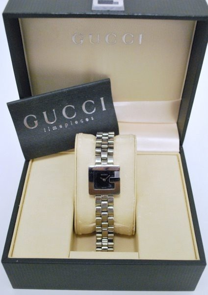 5: LADYS GUCCI S/S WATCH