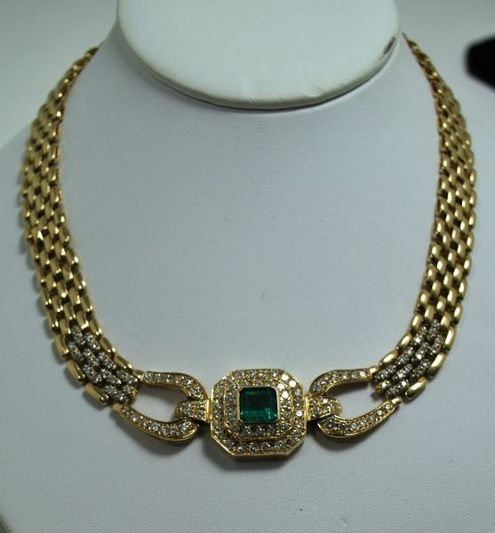 124A: 14KT Y.G. EMERALD AND DIAMOND NECKLACE 8.00CT