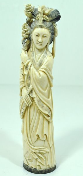 4: 1800'S CARVING OF A WOMAN