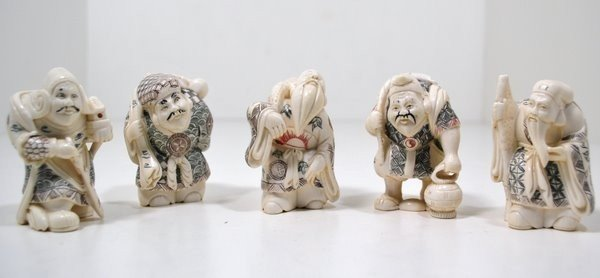11: SET OF 5 SMALL IVORY CARVINGS