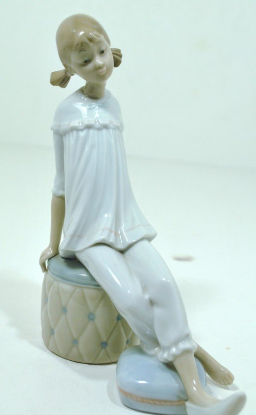 """2: LLADRO # 1084 """" GIRL WITH MOTHER'S SHOE """""""