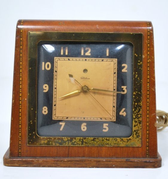 12: RARE 1934 TELECHRON CLOCK