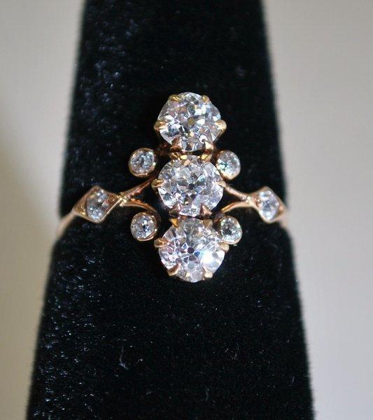 9: 14KT Y.G. 1.25CT EDWARDIAN DIAMOND RING