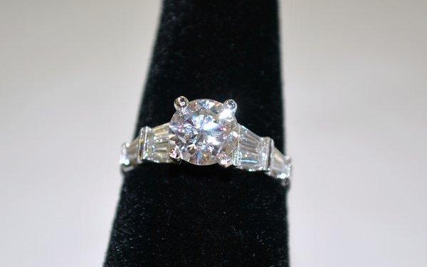 5: 14KT W.G. 2.00CT DIAMOND ENGAGEMENT RING