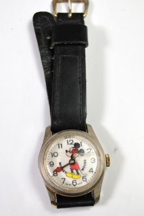VINTAGE MICKEY MOUSE WRISTWATCH