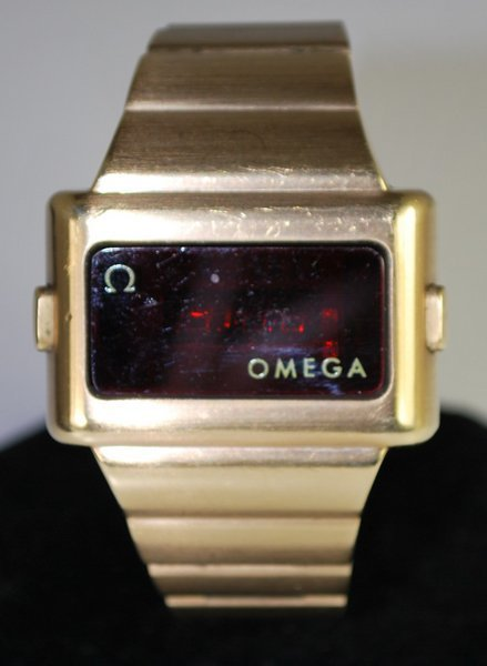 OMEGA DIGITAL TIME & DATE