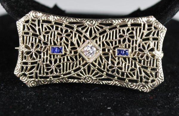 14KT W.G. DIAMOND & SAPPHIRE PIN
