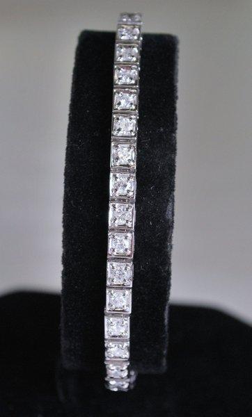 14KT W.G. 3.00CT DIAMOND BRACELET