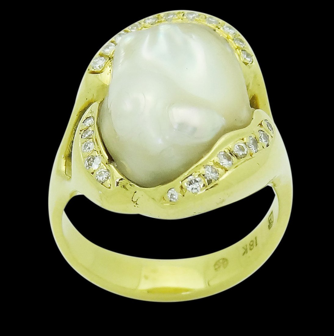 Designer 18k Yellow Gold Keshi Pearl 0.20 Carats VS F