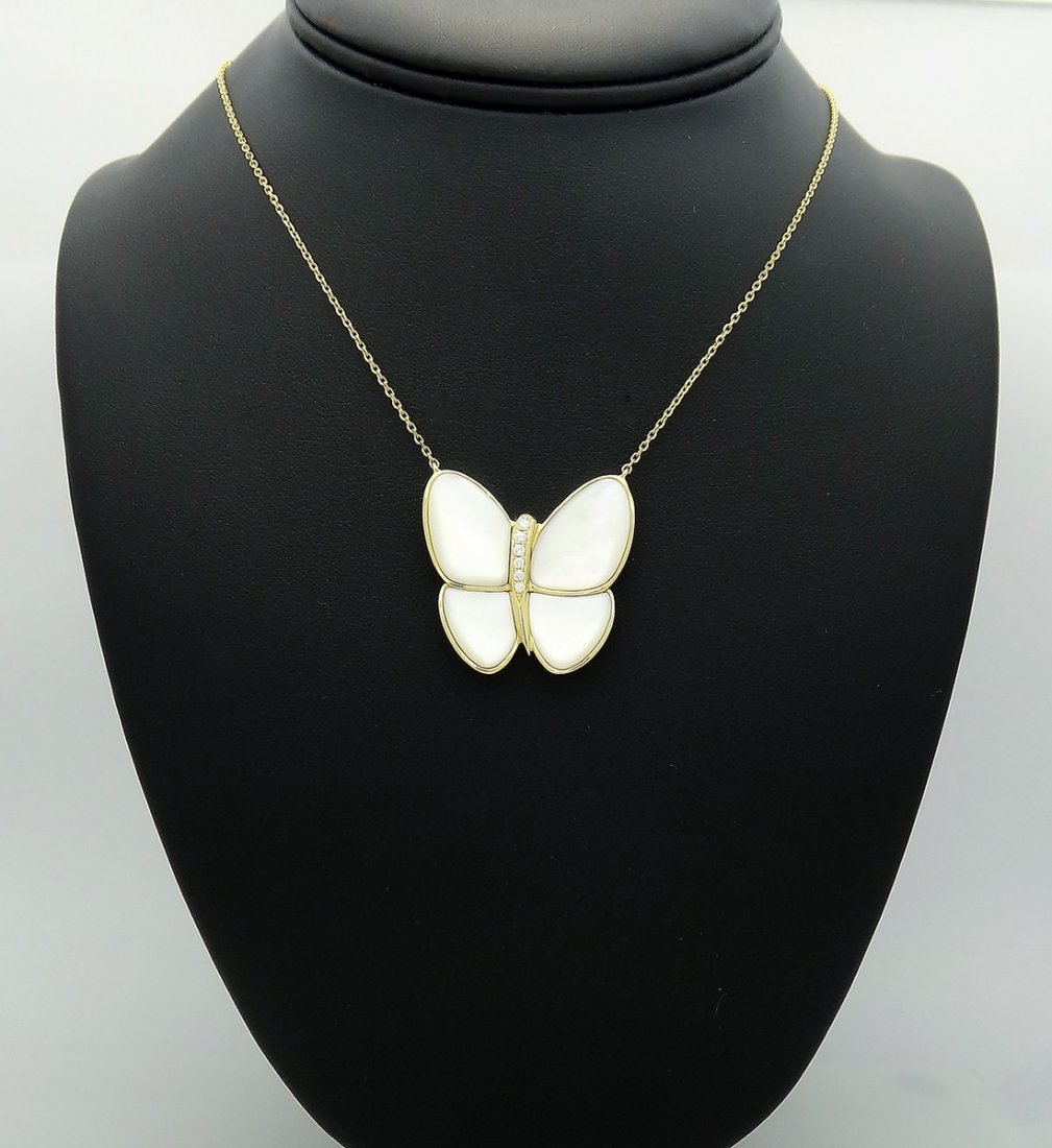 Van Cleef Arpels 18k Diamond Butterfly Pendant Necklace - 2