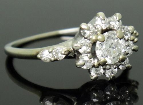Estate 18k White Gold & 0.60ct TCW VS SI Diamond Ring - 2