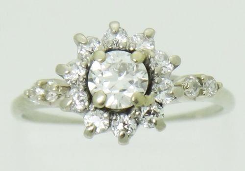 Estate 18k White Gold & 0.60ct TCW VS SI Diamond Ring - 4