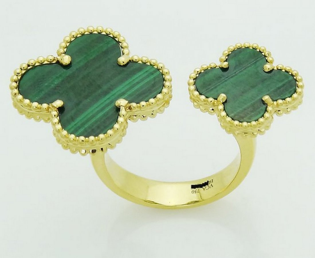 Van Cleef & Arpels 18k Y Gold Magic Alhambra Ring