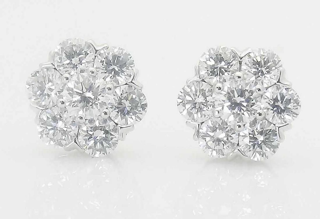 Van Cleef & Arpels 18k Small Fleurette Earrings