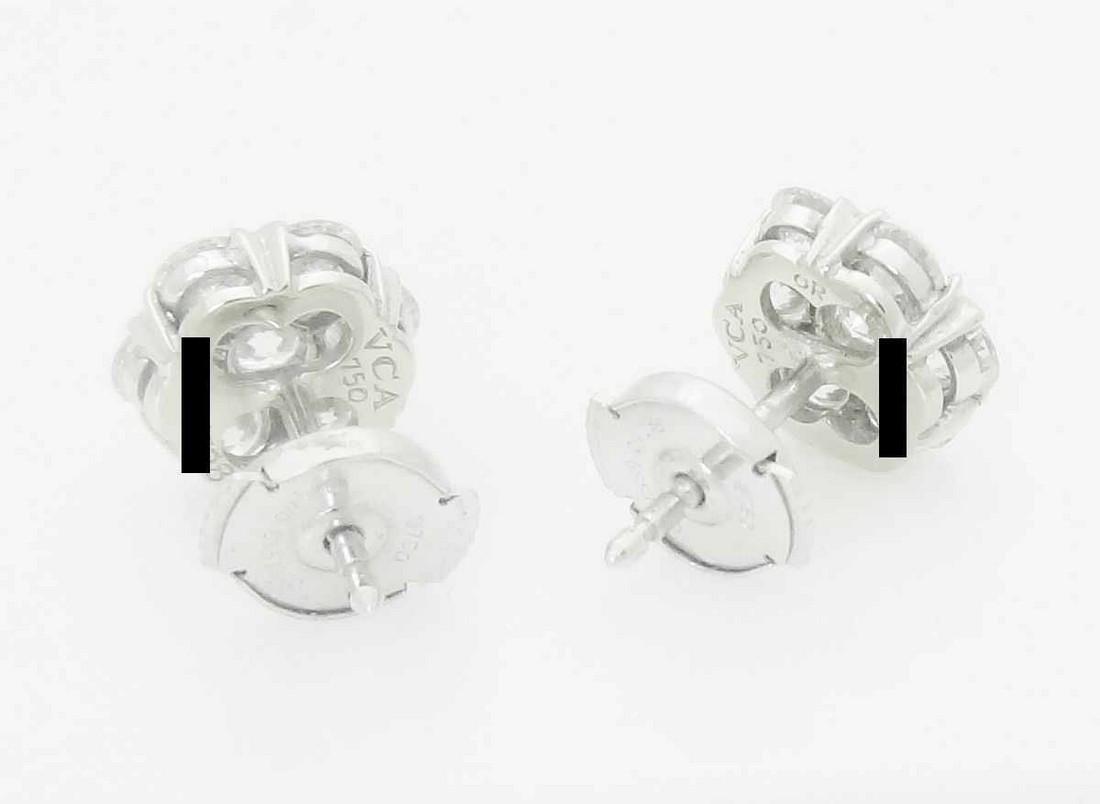 Van Cleef & Arpels 18k Small Fleurette Earrings - 3