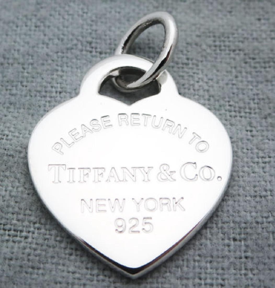 Return to Tiffany & Co Heart Tag Medium Pendant Charm