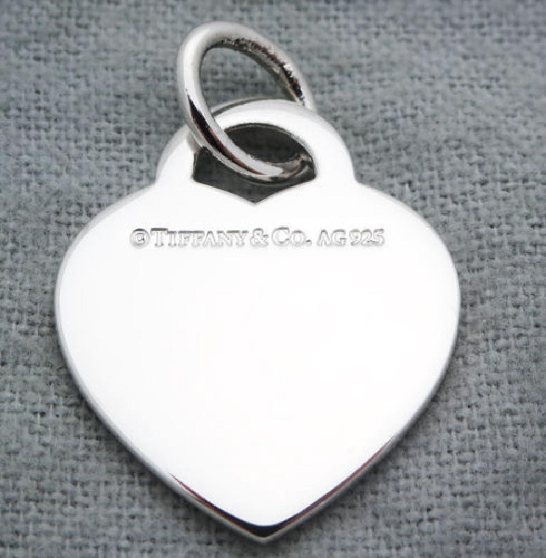 Return to Tiffany & Co Heart Tag Medium Pendant Charm - 2