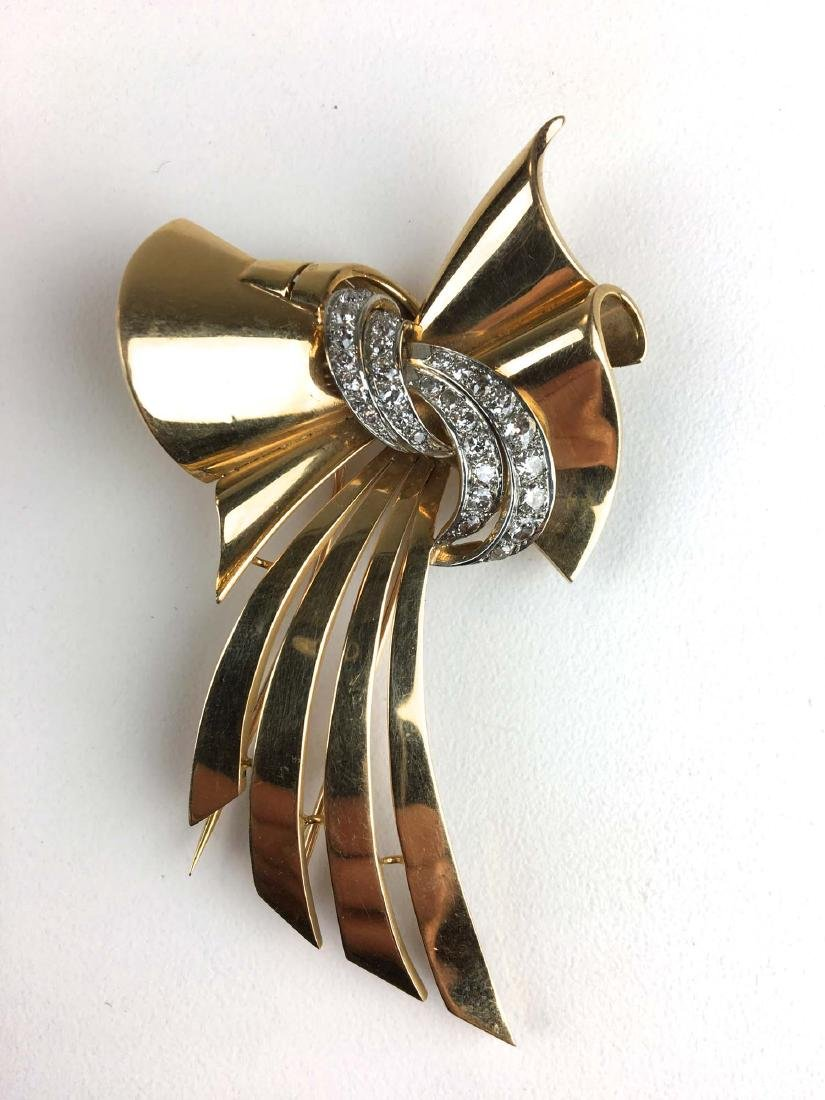 18 k yellow gold ladies diamond ribbon design pin /