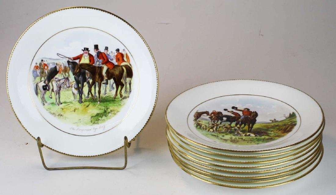 9 Wedgwood porcelain plates with English Equestrian - 2