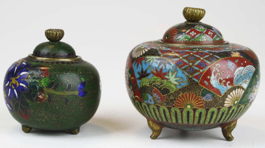 Two fine 19th c Japanese cloisonne footed covered pots. - 2
