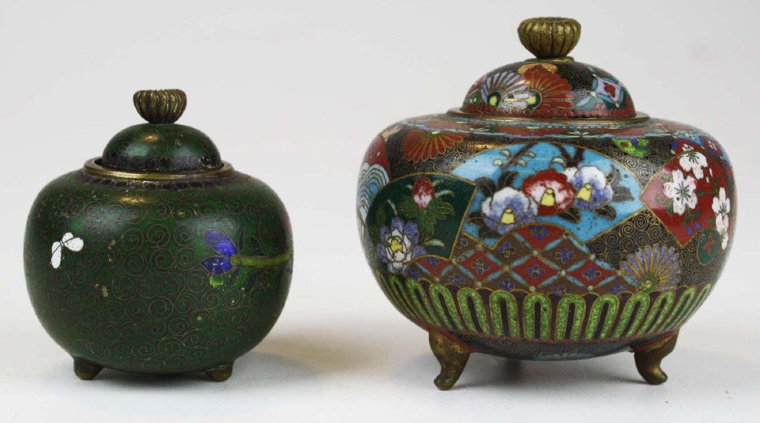 Two fine 19th c Japanese cloisonne footed covered pots. - 3