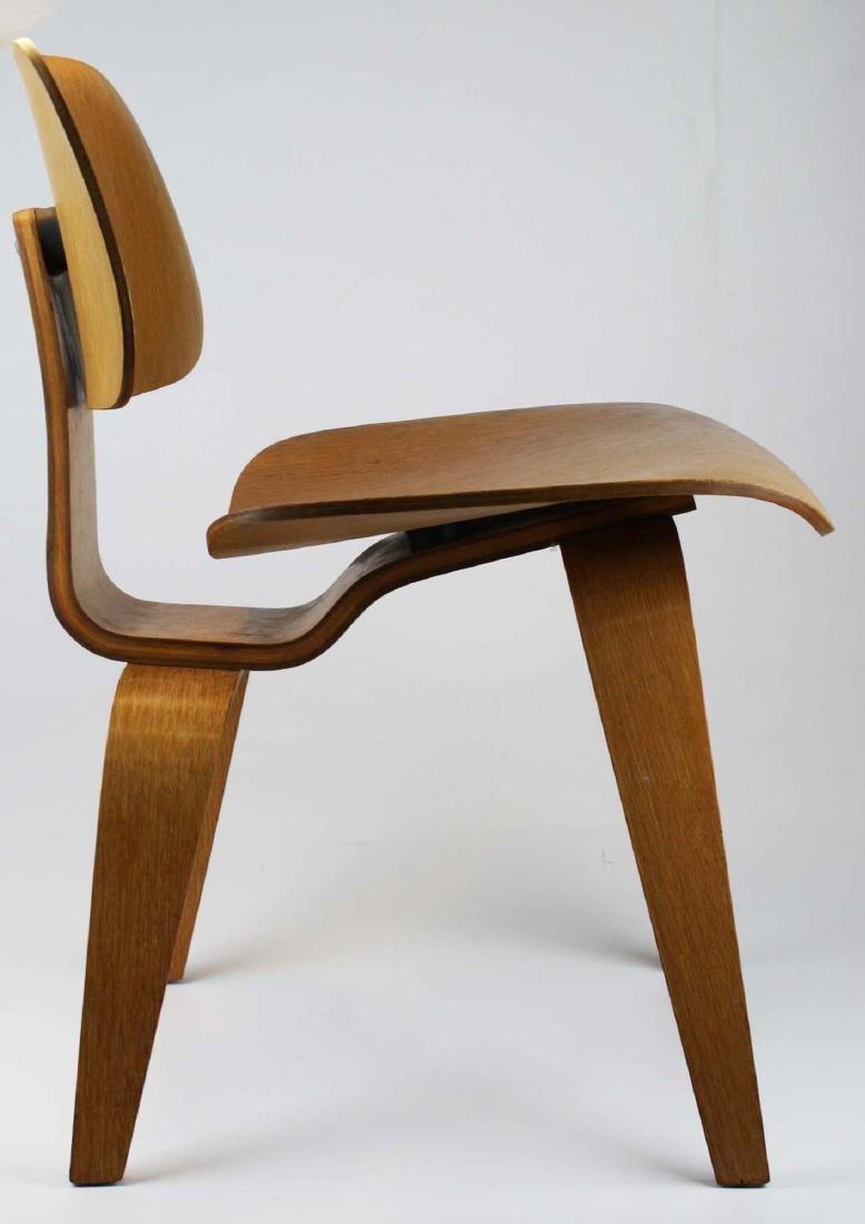 Charles Eames Potato chip chair. - 3