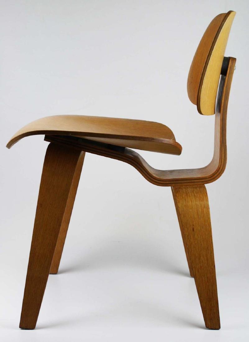 Charles Eames Potato chip chair. - 5