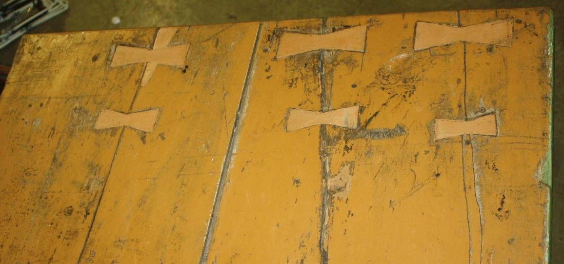 19th c farm table in later green and yellow paint - 2