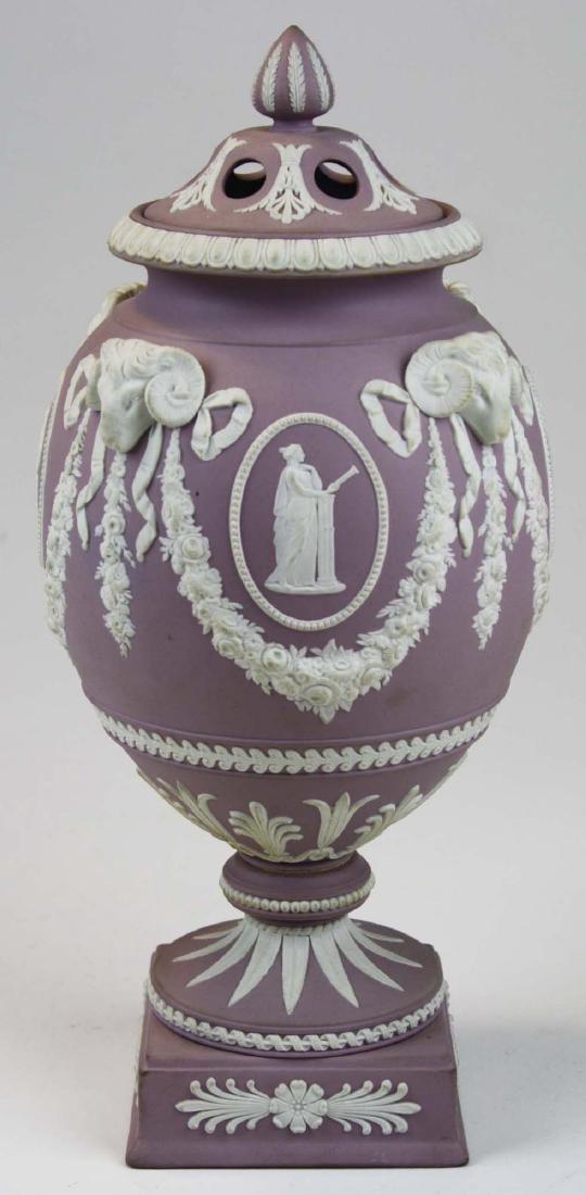 Wedgwood  lilac dip Jasperware covered urn or potpourri - 3