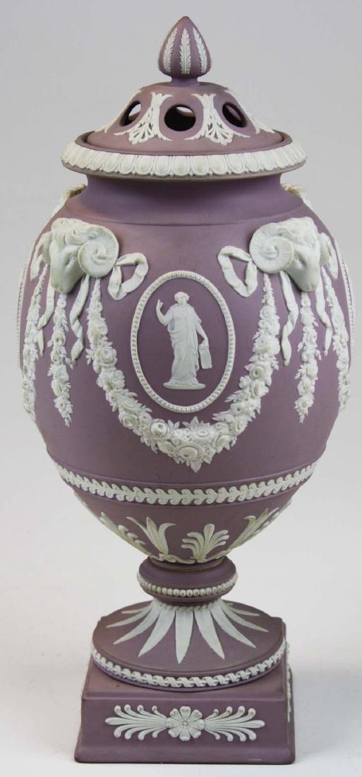 Wedgwood  lilac dip Jasperware covered urn or potpourri - 4