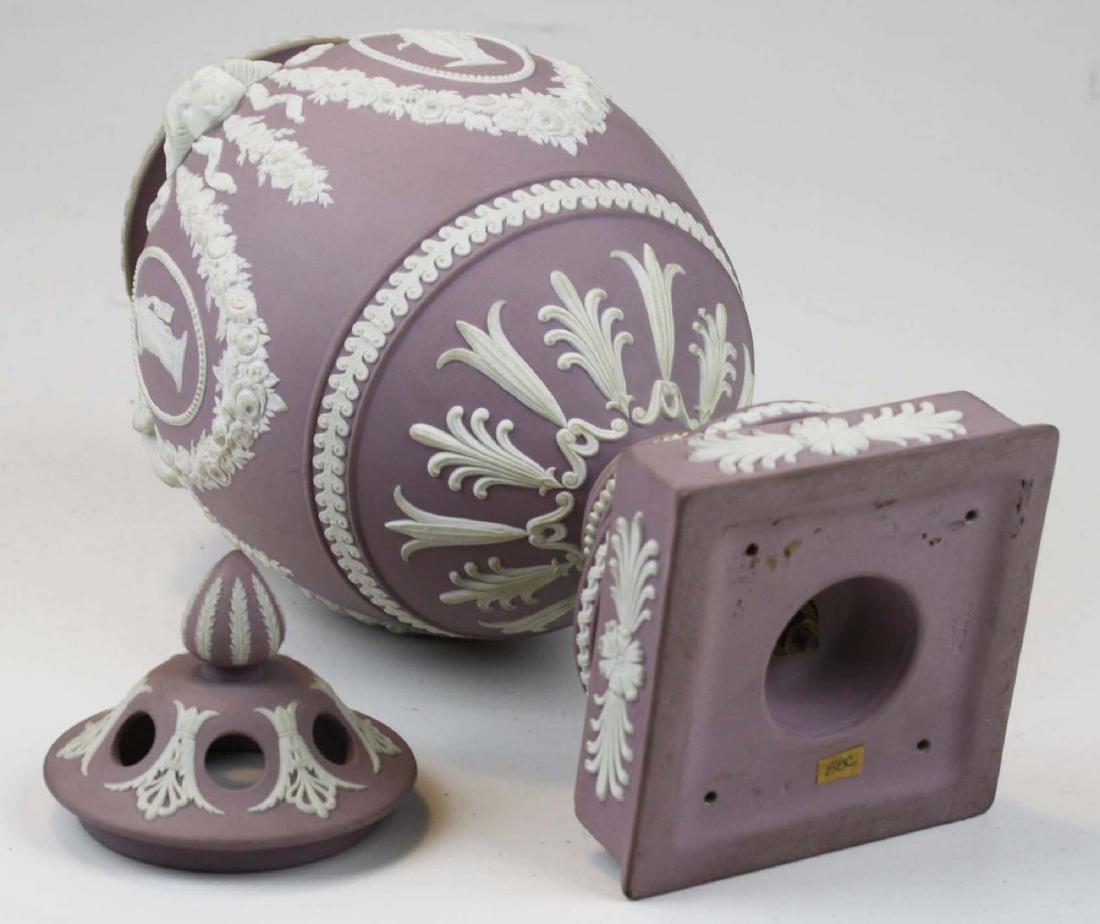 Wedgwood  lilac dip Jasperware covered urn or potpourri - 5