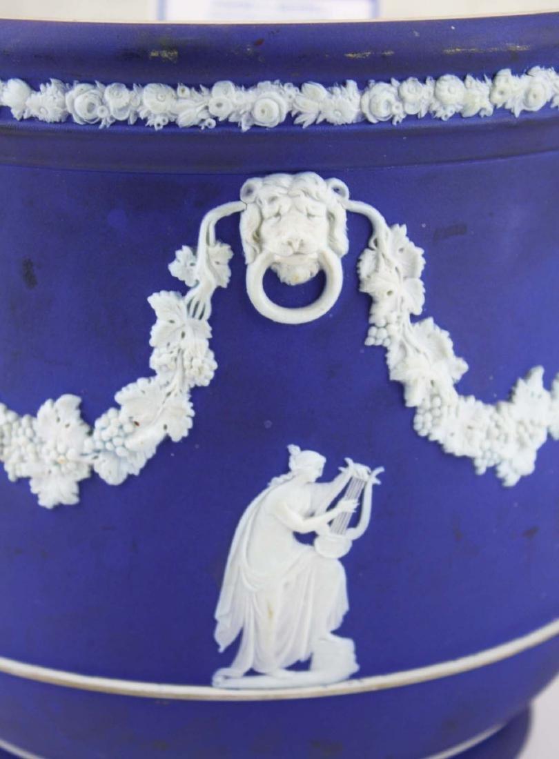 Wedgwood dark blue dip Jasperware jardiniere cache pot - 6
