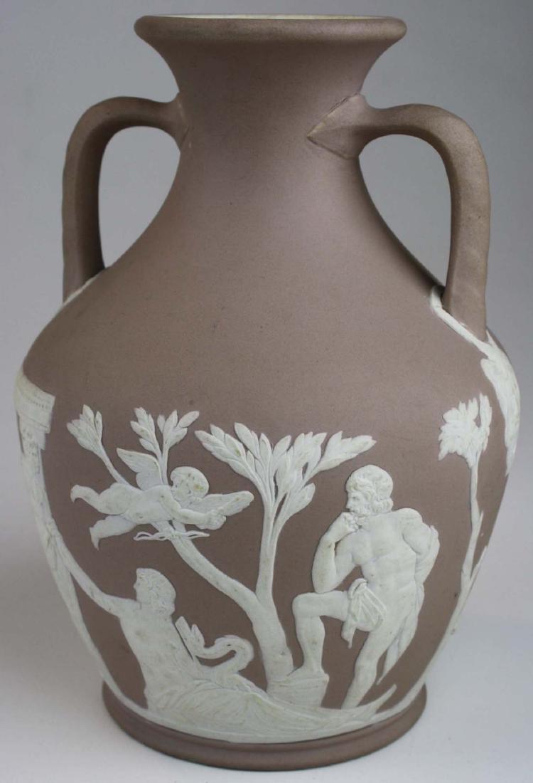 Wedgwood lilac dip Jasperware copy of the Portland vase - 9