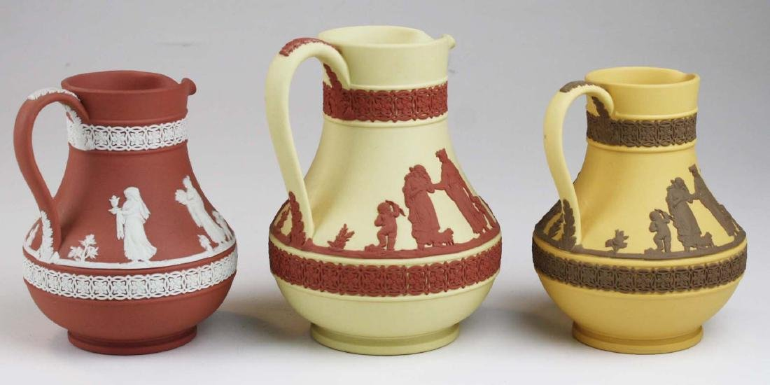 3 Wedgwood Jasperware Etruscan pottery jugs in unusual - 2