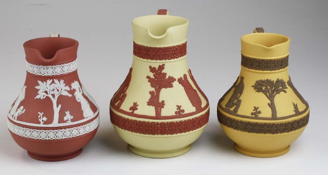 3 Wedgwood Jasperware Etruscan pottery jugs in unusual - 5