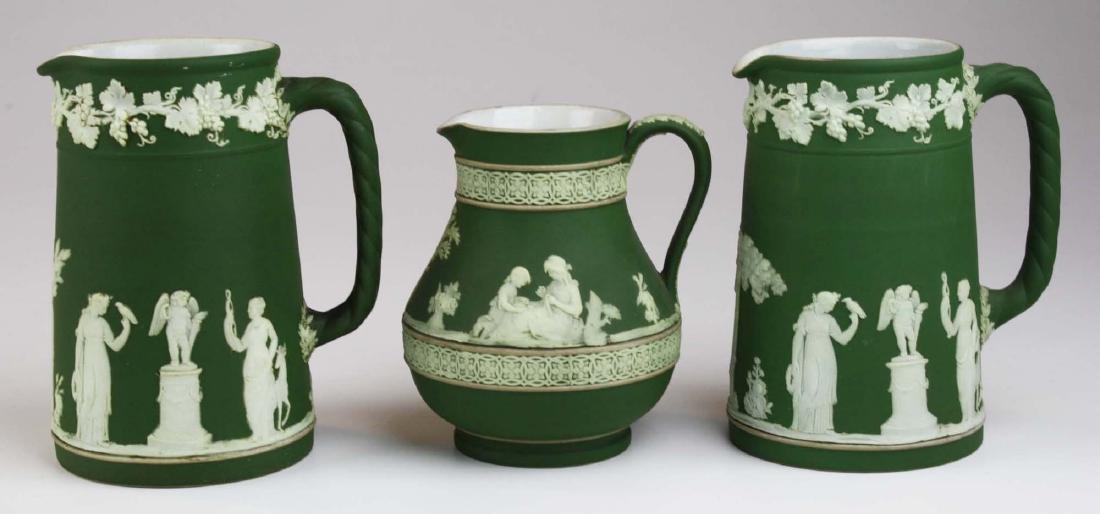 3  Wedgwood olive dip Jasperware jugs incl. Etruscan - 2