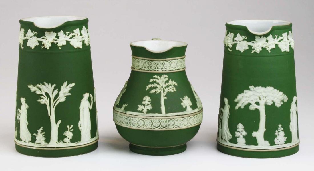 3  Wedgwood olive dip Jasperware jugs incl. Etruscan - 3