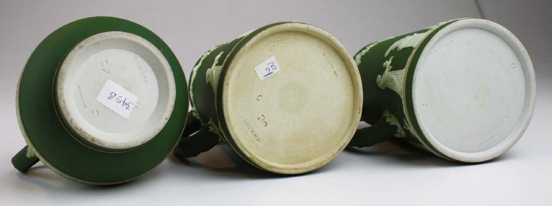 3  Wedgwood olive dip Jasperware jugs incl. Etruscan - 6