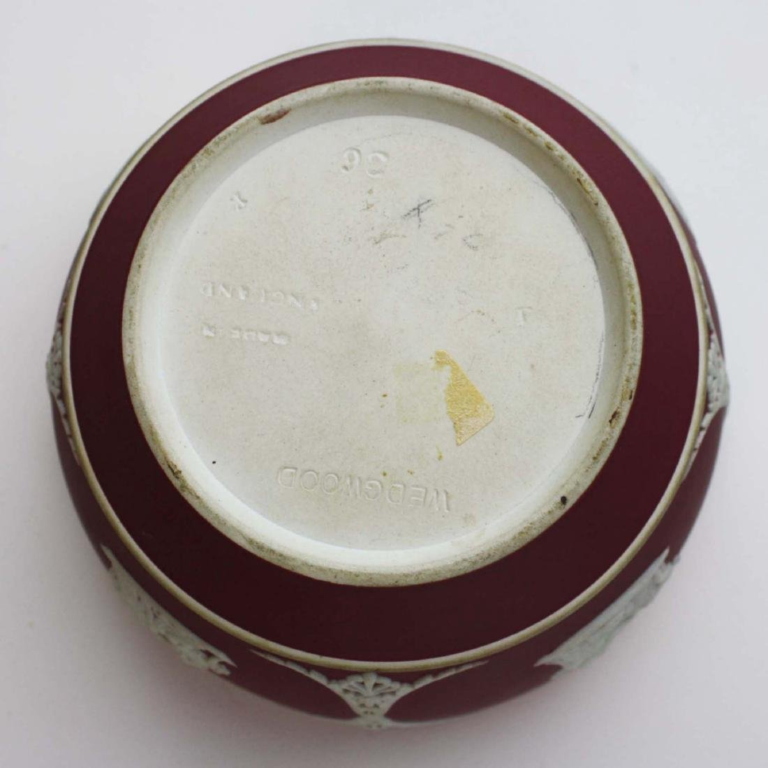 5 pcs scarce Wedgwood crimson dip Jasperware incl. 3 - 7